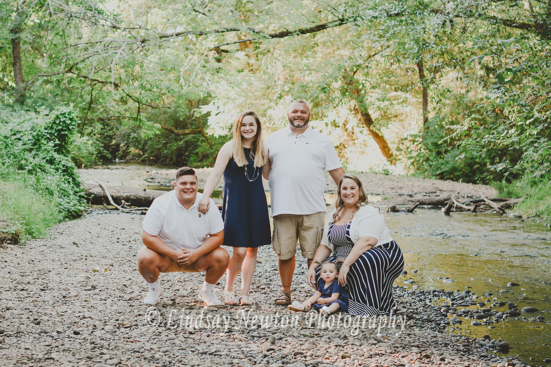 Summer family session at Bush Park in Salem, Oregon