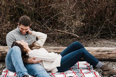 Engagement session at Lake Quinault Lodge in Washington
