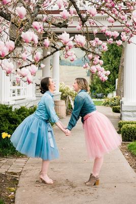Best friend blossom photo shoot