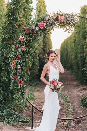 Bridal portraits at the Rogue Chatoe in Independence, Oregon.